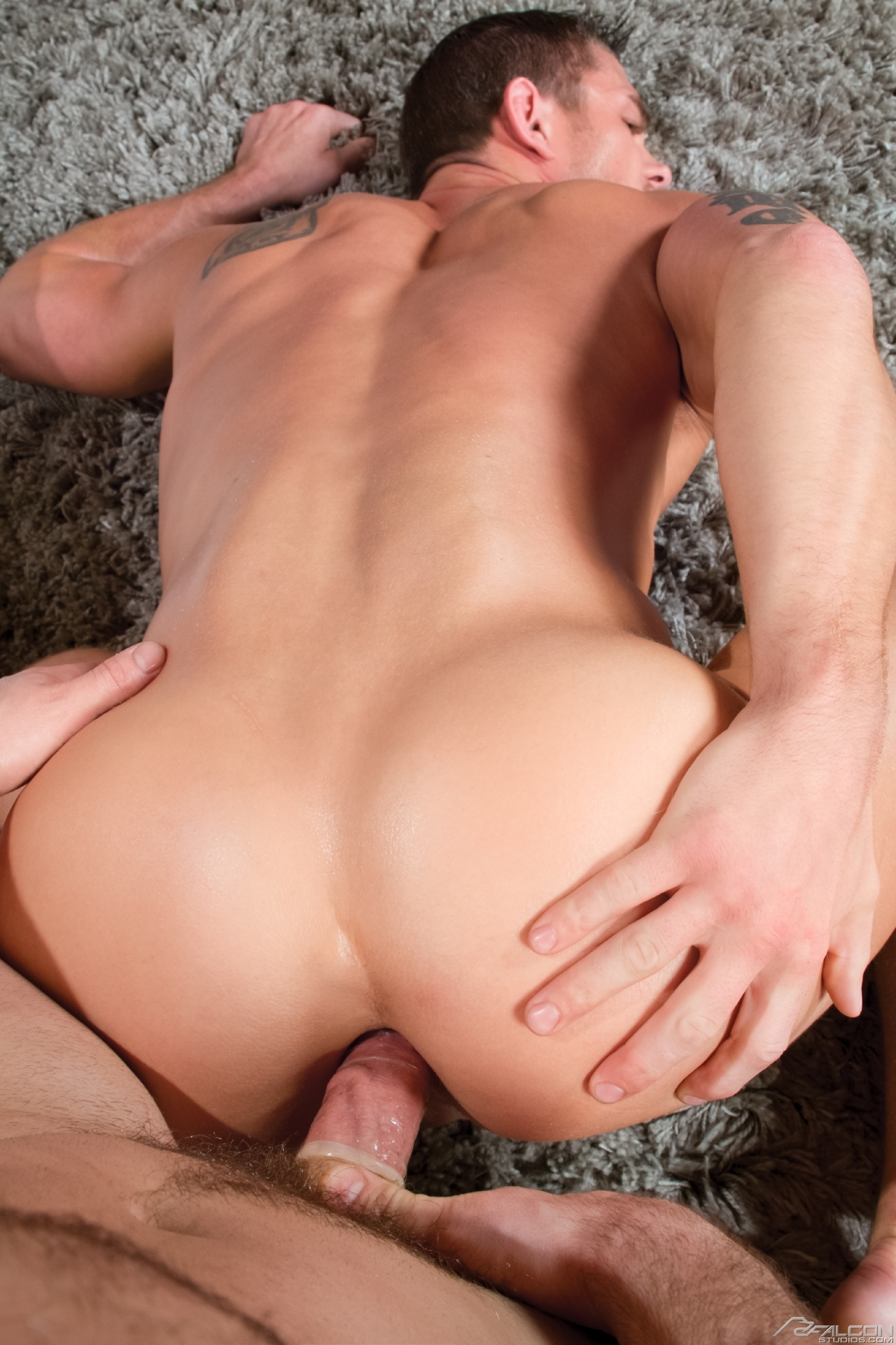 gay ass fucked out