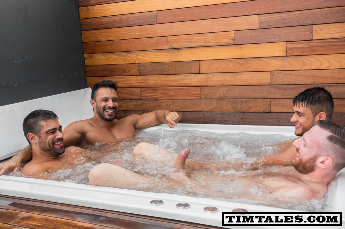 Mens naked hot tub