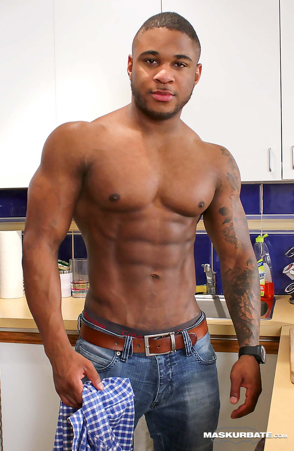 Off jerking muscle black men