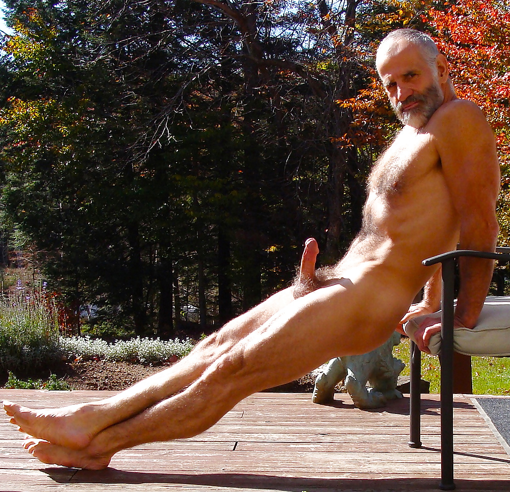 old man naked in the mountain