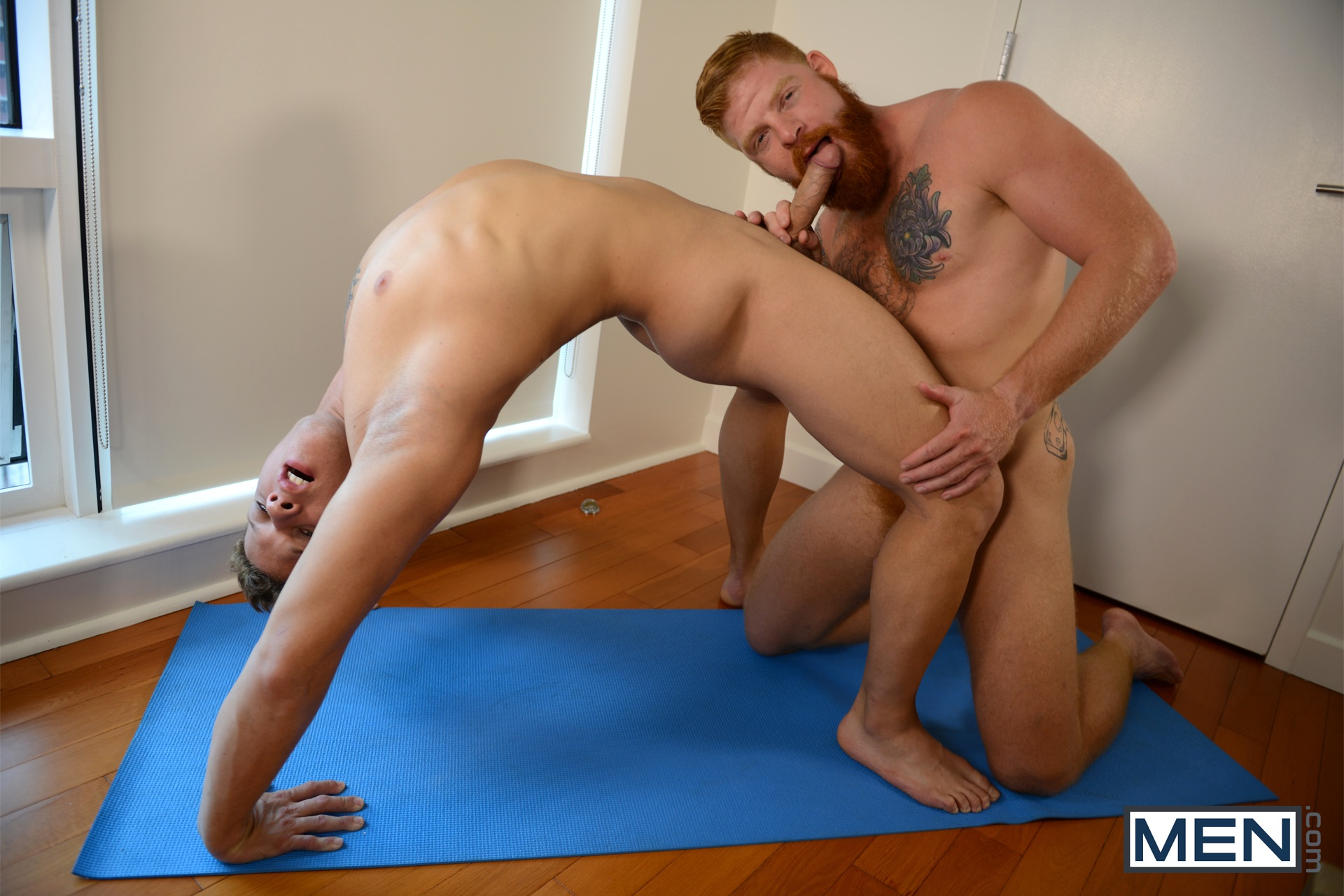 gay porn Naked yoga men