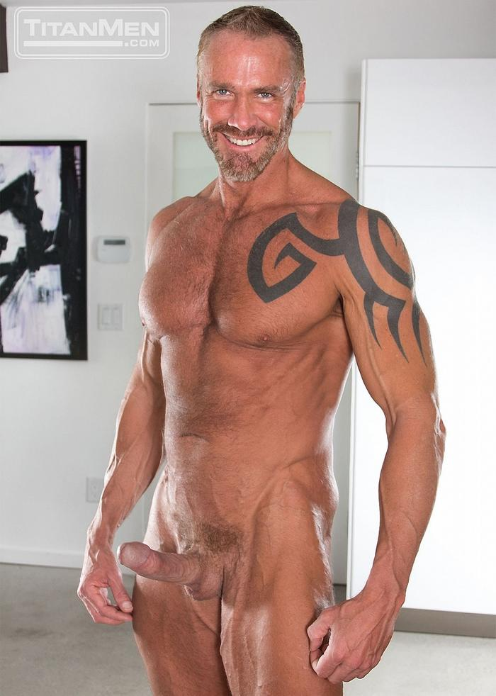 Muscle dad porn