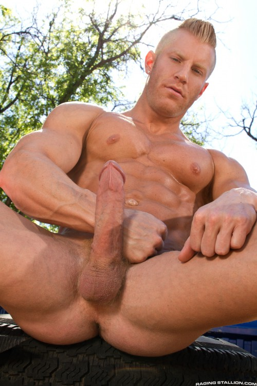 and-nude-studs-with-big-cock