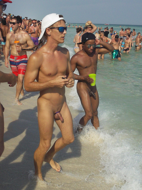 guys Naked beach