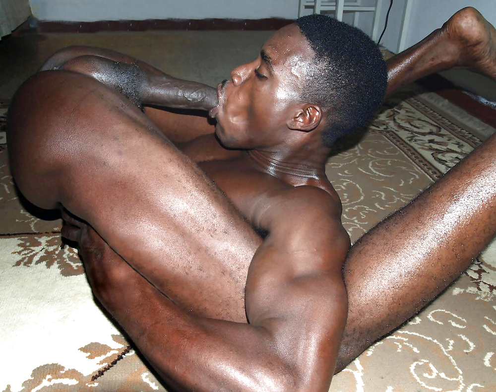 Men sucking big black cocks