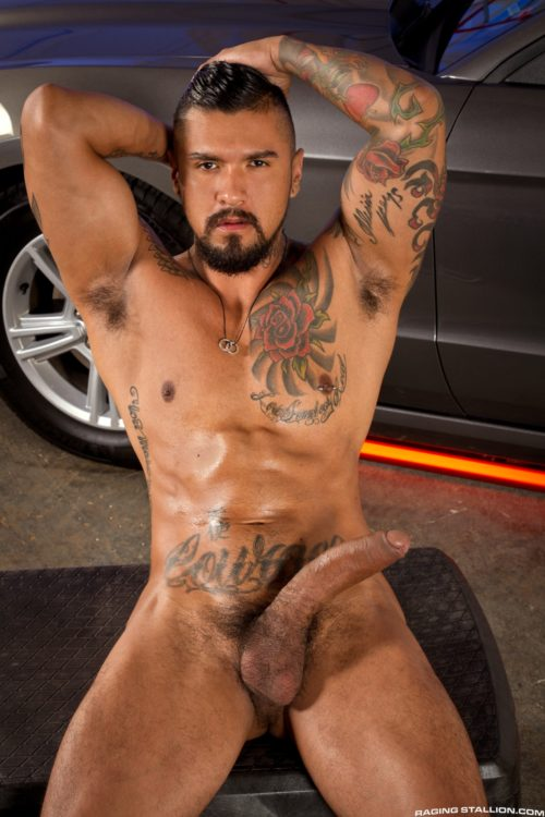 Boomer-Banks-fucks-Aaron-Steel-in-the-gay-porn-film-Auto-Erotic-by-Raging-Stallion-3
