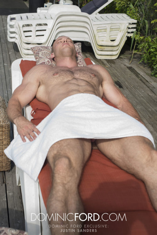 DominicFord_Movie_Justin-Sanders-Gets-Massaged_30