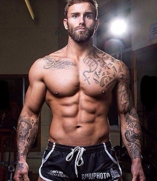 beefy studs in tats fucking